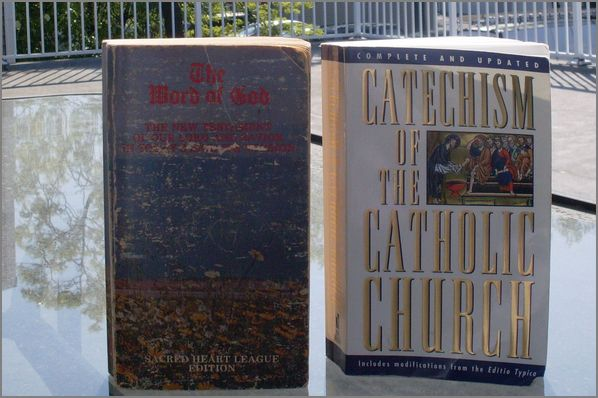 Capture Catholic New Testament Bible and Catechism of the Catholic Church pic 1